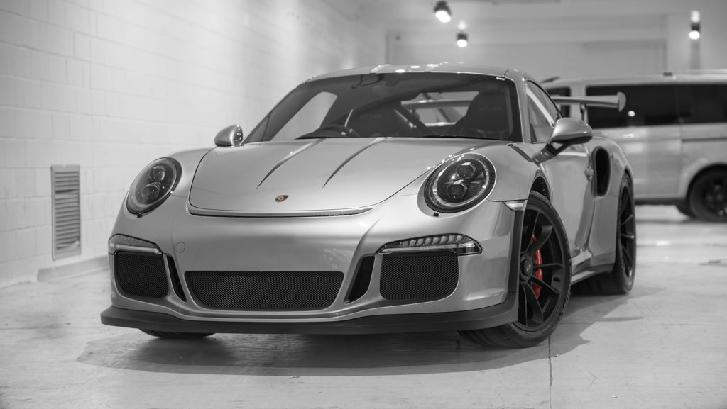 Porsche GT3 RS silver black stripes